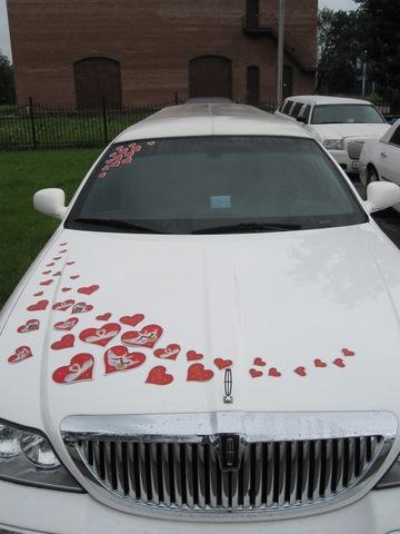 Украшение свадебных машин - Свадебные сердечки